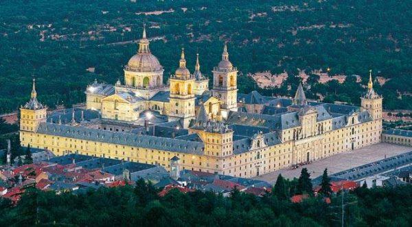 El Palacio Real de Madrid reabre con acceso gratuito