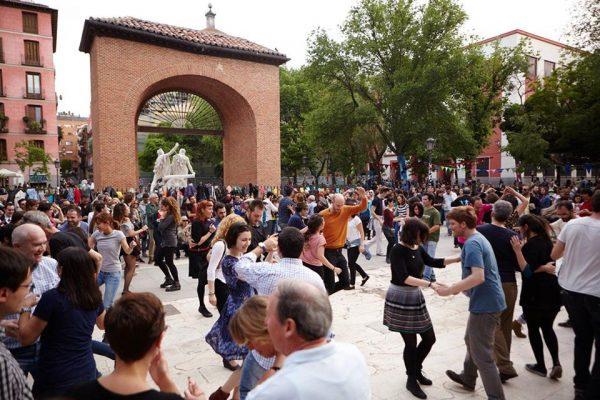 fiesta de la Comunidad de Madrid en la plaza del 2 de mayo