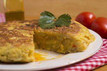 Degusta más de 20 tortillas en LaII Jornada Gastronómica de la Tortilla de Patata de triBall