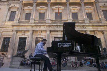 """""""Pianos en la calle"""" llenará de pianos las calles de Madrid"""