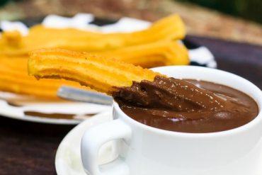La mítica chocolatería San Ginés sirve a domicilio