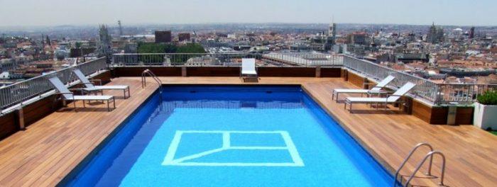 Piscina del Club Financiero de Madrid