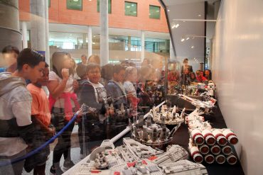 Arranca la exposición de Lego gratuita dedicada al mundo del cine