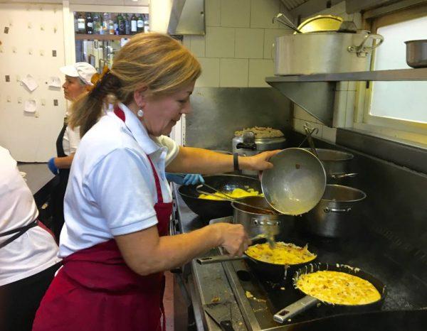 Casa Dani vende más de 100.000 tortillas de patatas al año