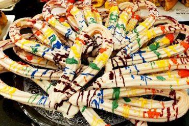 Churros de colores y tarta Rainbow, los planes más deliciosos del Orgullo