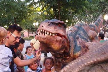 Viaja a la época de los dinosaurios con el Mercado Jurásico