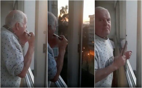 hombre con Alzheimer y su armónica