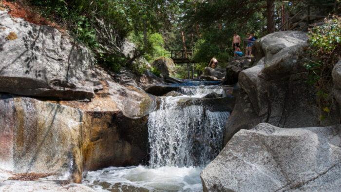 Ruta a la Boca del Asno ofrece naturaleza y pozas para el baño