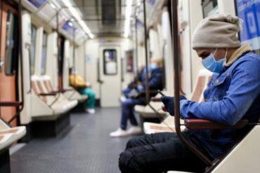 Madrid aumenta la oferta de transporte público y el control de aforo