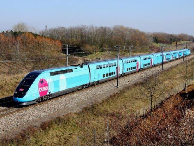 Viaja de Madrid a Barcelona en tren de alta velocidad por 1 euro