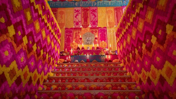 Espectacular Altar de Muertos se instala en la Casa de México de Madrid