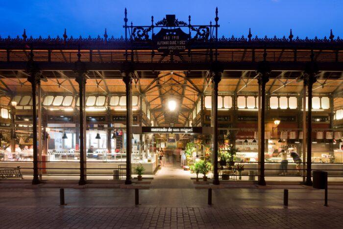 El emblemático Mercado San Miguel reabre sus puertas tras 9 meses