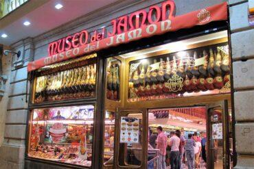 El Museo del Jamón cierra sus locales del centro de Madrid