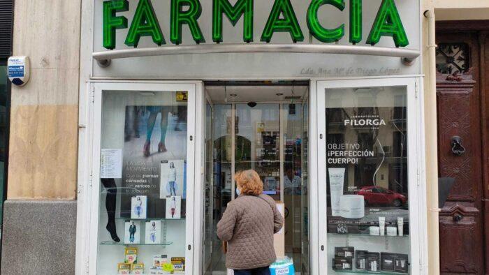 Madrid quiere hacer test antígenos gratuitos en farmancias