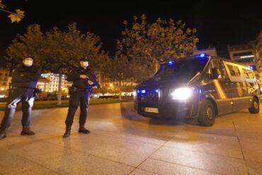 Madrid estudia un toque de queda desde medianoche