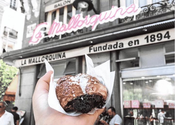 Saborea los manjares de la repostería tradicional de Madrid