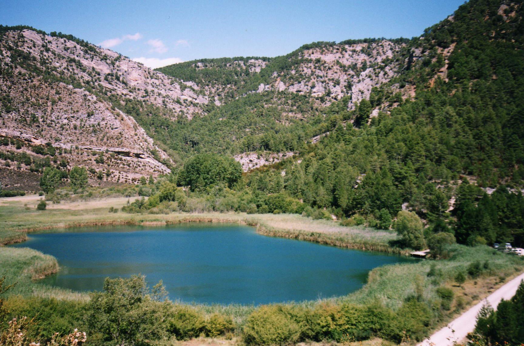 Ruta de senderismo del Salto de Poveda y Laguna de Taravilla