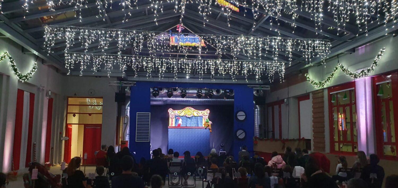 Madrid abre la Casa de la Navidad con magia, teatro y Papá Noel