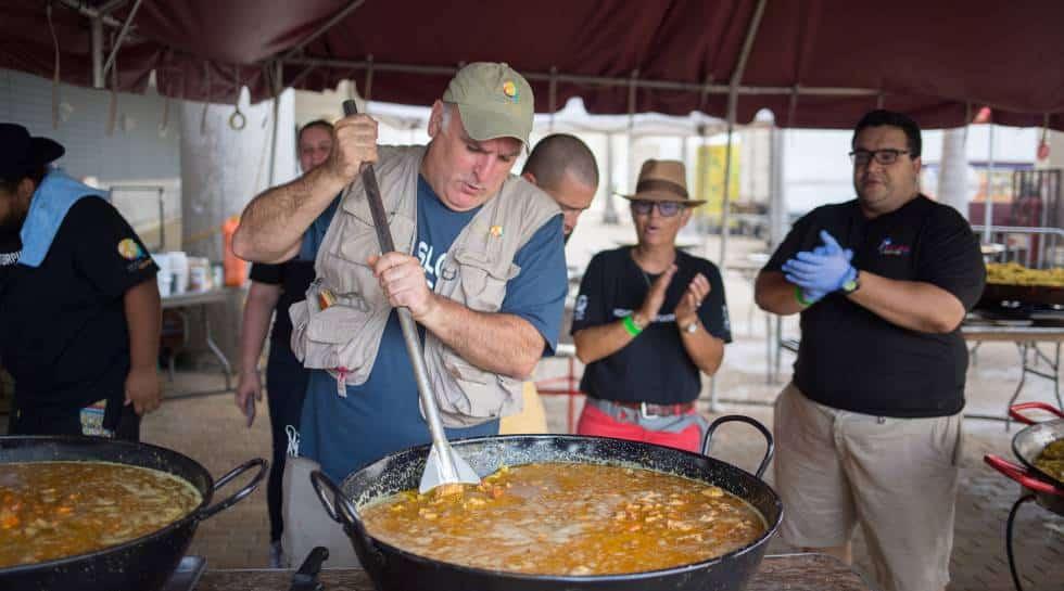 La ONG del chef José Andrés donorá 30.000 menús de Nochebuena