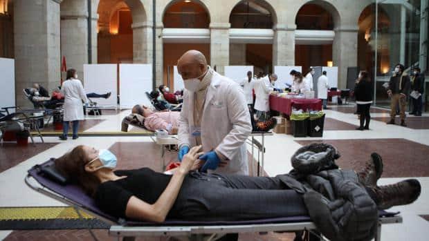 Impresionante respuesta de los madrileños para donar sangre