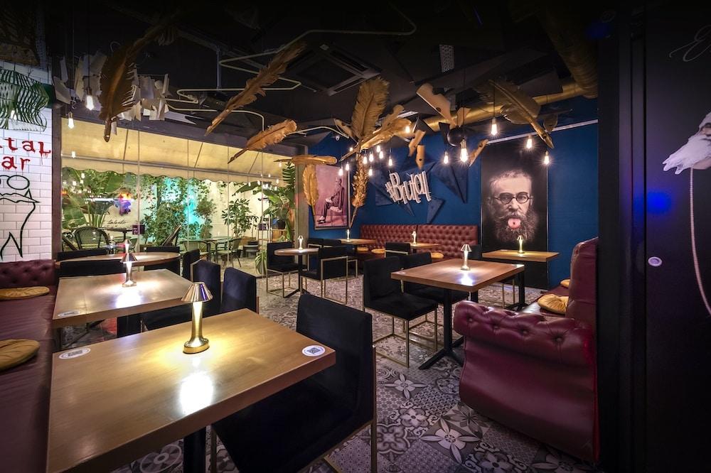 Inclan Brutal Bar ofrece mucho más que una experiencia gastronómica