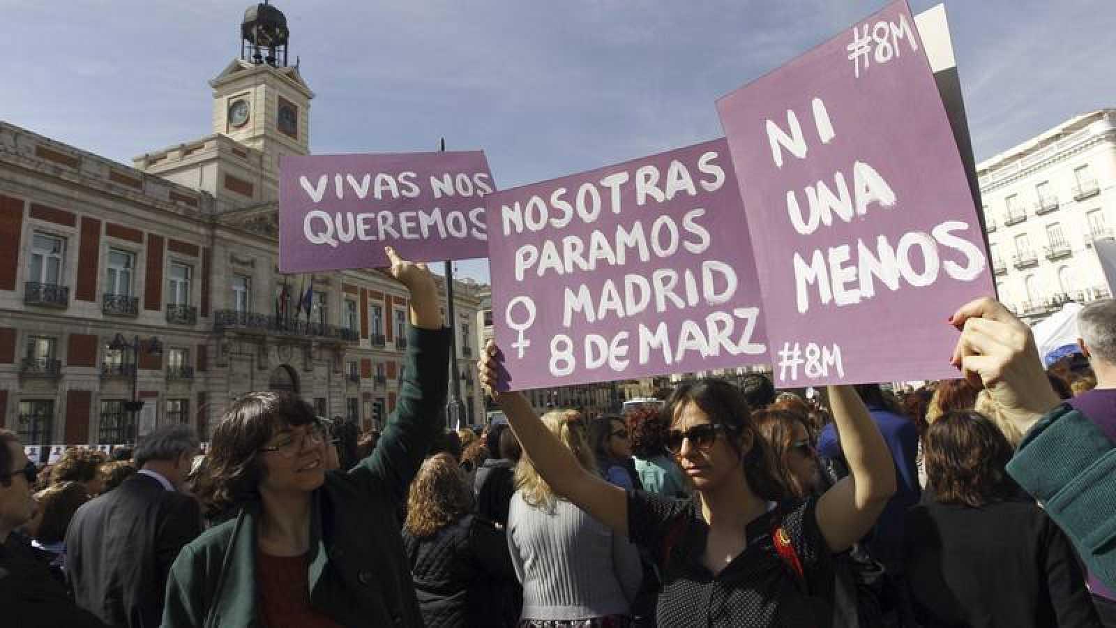 Se prohiben todas las  manifestaciones del 8M por salud pública