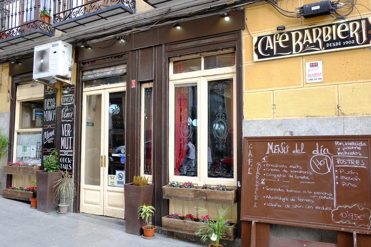 Cierra el centenario café Barbieri en pleno corazón de Lavapiés