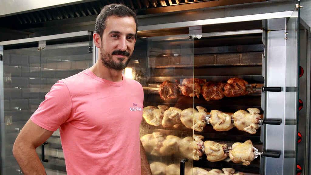 Casa Galván elabora los mejores pollos asados de Madrid